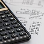 Kredyt na spłatę innych kredytów – czy to dobry pomysł?